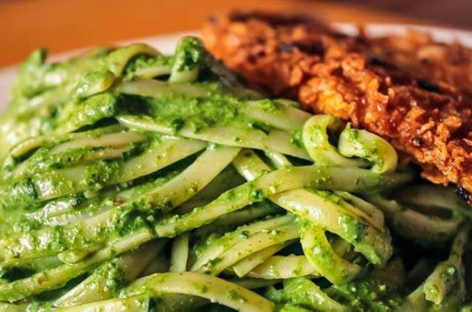 Receta de Tallarines verdes con apanado
