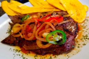 Receta de Hígado encebollado peruano